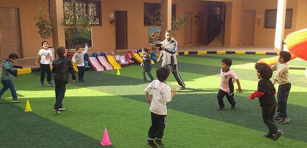 مدرسة الرواد - elrowad College Nasr city