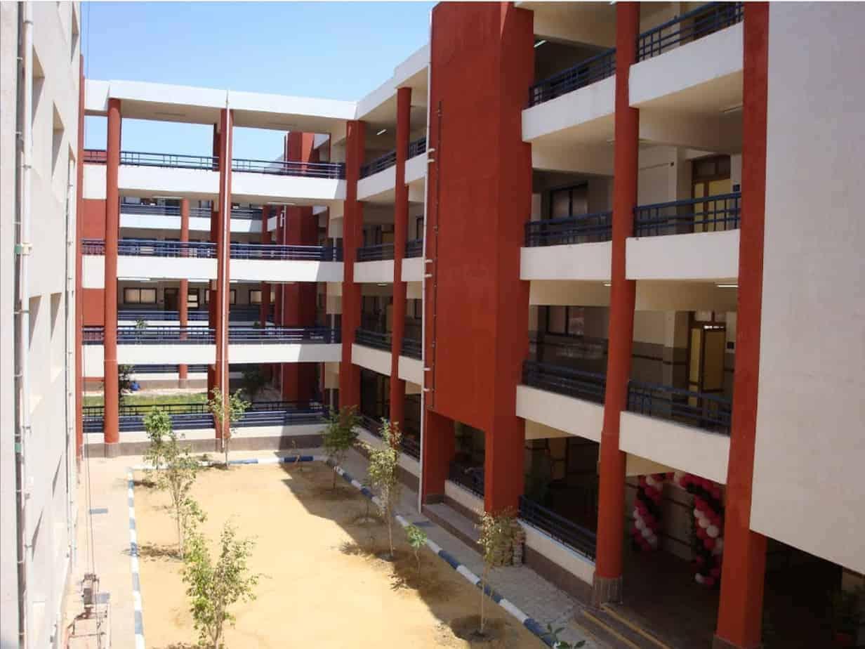 المدرسة المصرية اليابانية بحدائق اكتوبر - Egyptian Japanese School Hadayiq October - EJS
