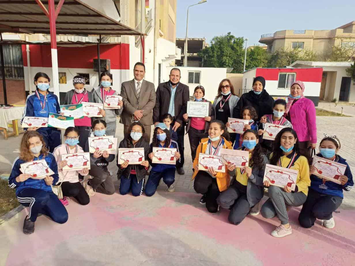 مدرسة الشهيد عمرو عبده رشوان الرسمية للغات (المستقبل 9) - Future 9 Official Language School